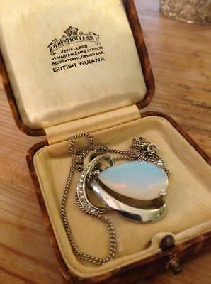 Vintage 1940's Fine Quality Large Glass Opal White Metal/Silver? 925 Chain Boxed