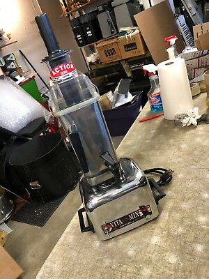 Vita Mix 3600 Plus Commercial Blender with 12 Point Driver Mixer Nice shape LOOK