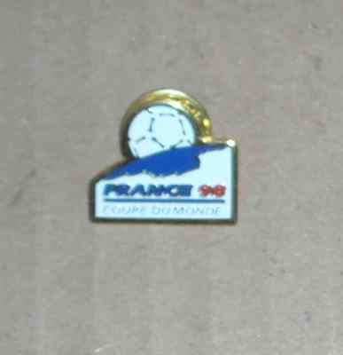 1 Pin's Football  Coupe Du Monde France 98