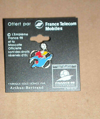 1 Pin's Football Fifa Coupe Du Monde France 98 Mascotte Arthus Bertrand