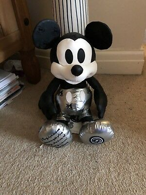 Disney Mickey Mouse Memories Limited Edition January