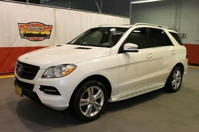2012 Mercedes-Benz M-Class -- 2012 Mercedes-Benz ML 350  4 matic awd Sunroof white pearl tan awd