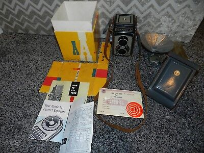 VINTAGE YASHICA A MEDIUM FORMAT TLR CAMERA with ORIG. BOX MANUALS and EXTRAS