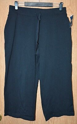 ba75a94c6361e NWT WOMENS BLACK Capri Pants Size Medium Exercise Workout MTA Sport ...