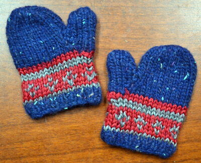 Tagged American Girl Kit's Winter Mittens in Perfect Condition
