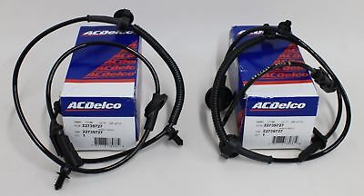 2x BNIB ACDELCO ABS Car Front Wheel Speed Sensor Replacement Part - 22739727