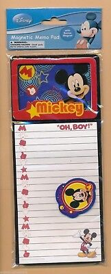 NP10 ~ Disney Magnetic Notepad & Bonus Magnet ~ Mickey Mouse