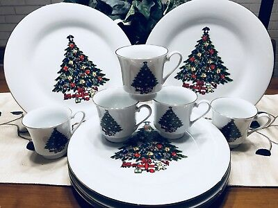 Christmas Tree Fine China By Sea Gull, Jian Shiang, Dinner Plates And Tea Cups