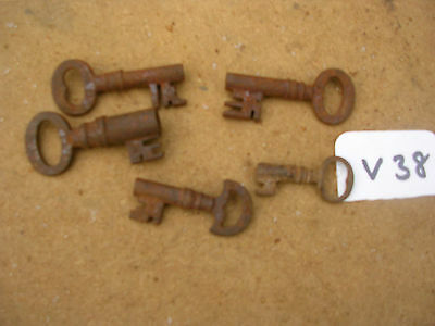 Job Lot Of Early Antique English Cast Iron Box Keys