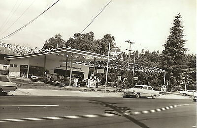 1 VINTAGE 8x11 #1 VEEDOL FLYING A GAS STATION  BUICK PONTIAC CHEVY OLDS b/w pic