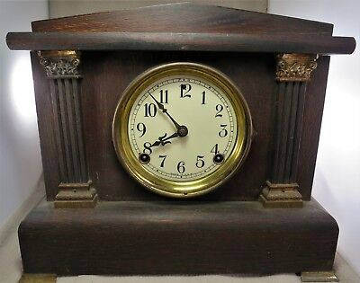 Antique USA Large Oak Cased Mantel Clock Striking 1/2 hour Bell, full hour Gong