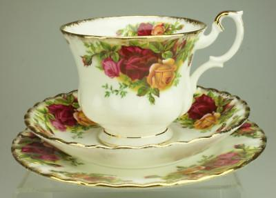 Royal Albert Old Country Roses Trio Tea Cup, Saucer and Side Plate CS101d