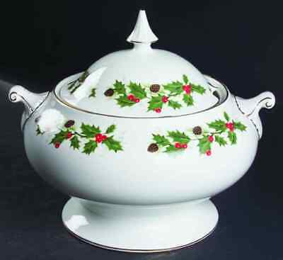 Royal Grafton NOEL Tureen 1259681
