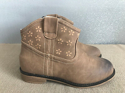 BNWT Little Girl Sz 1 Rivers Doghouse Brand Dusty Tan Western Style Ankle Boots