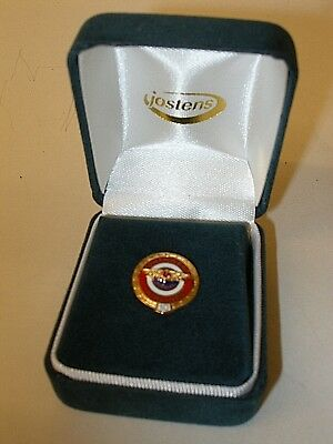 VINTAGE NORTHWEST AIRLINES 10 YEAR SERVICE AWARD PIN GOLD RUBY GEM by JOSTENS
