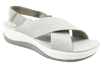 2668308fcf1c Cloudsteppers By Clarks Womens Arla Kaydin Gray Sandals Size 6 (34777)