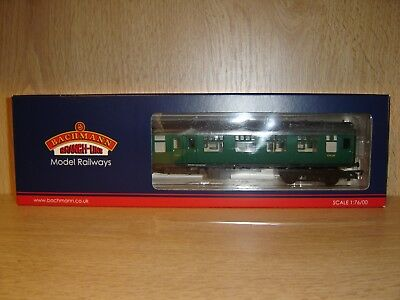Bachmann 39-078D BR MK1 BSK Brake Second Corridor Coach (SR) green OO gauge