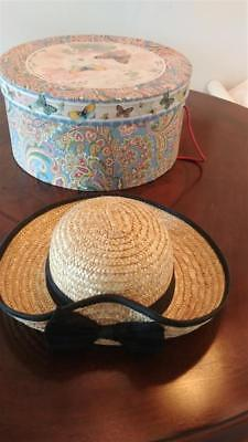 """Vintage Straw Hat With Raymond Waites """"once Upon A Rose"""" Hat Box 13-1/2"""" Round"""