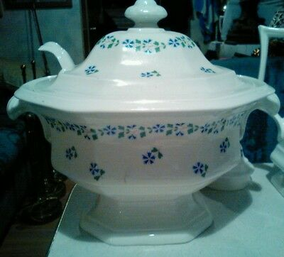 Iroquois Periwinkle China Henry Ford Museum Tureen with ladle