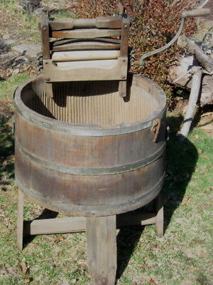 Antique Wood Washing Machine Richmond Cedar Works American Wringer Co.