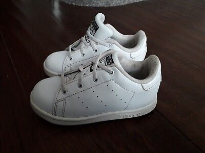 hot sale online 1b62e 0fc87 INFANT BOYS/GIRLS ADIDAS Stan Smith White Leather Trainers Uk Size 8 Uk