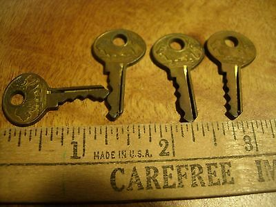 Vintage Antique Lot Of 4 Master Lion Brass Mini Small Key Keys
