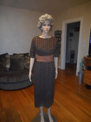 True Vintage 1960's Dress Brown Design
