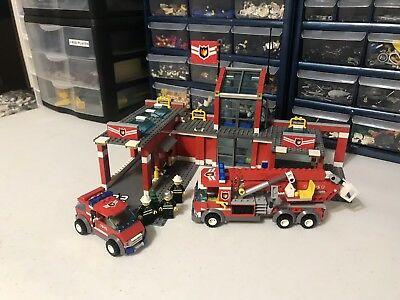 Lego City Fire Station 7945 With Minis And Instructions 4100