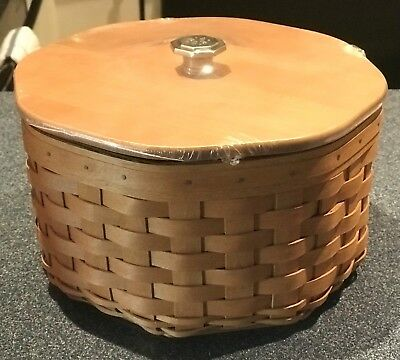 2005/6 Longaberger Dealer's Choice Basket w/Lid and Full Accessory - New!