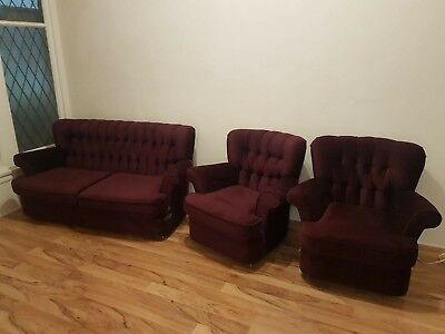 Antique furniture Lounge Suite Burgundy