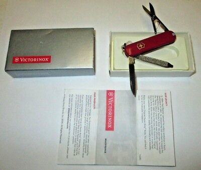 Victorinox CLASSIC SD Swiss Army Keychain Pocket Knife - RED NEW IN BOX