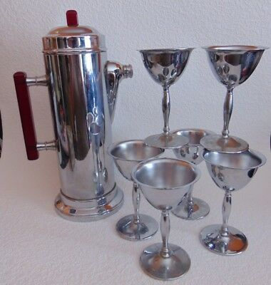 ART Deco Chrome and Red Bakelite Martini Set with 6 glasses