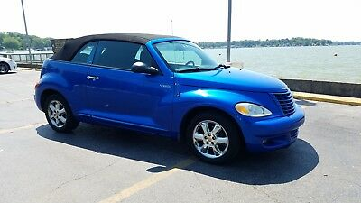 2005 Chrysler PT Cruiser blue automobile