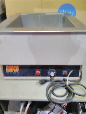 Napco 220A Stainless Steel Heated Water Bath