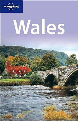 (Very Good)-Wales (Lonely Planet) (Paperback)-Abigail Hole, Etain O'Carroll-1740