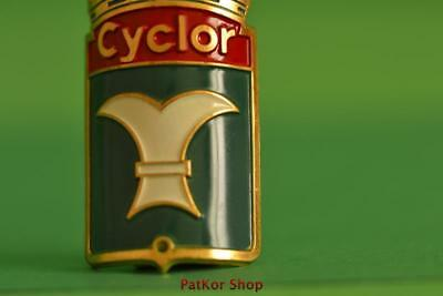Vintage-bicycle-Tablet-Logo-of-the-manufacturer-Cyclor-4902 A