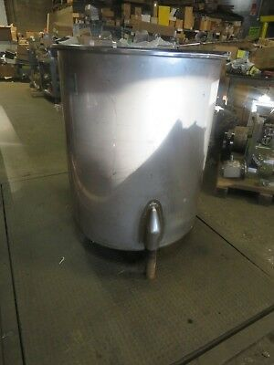 San-I-Tanks Stainless Steel Tank W/ Lid Approximately 100 Gallons