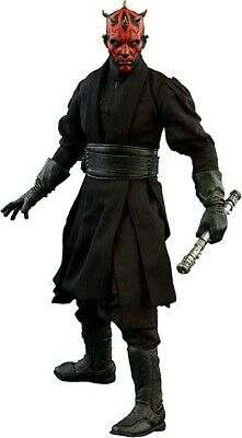 Star Wars Darth Maul Deluxe Action Figure