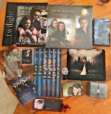 Twilight Saga Calendars Bella's Rings Mouse Pad Trading Cards Wristwatch Lot