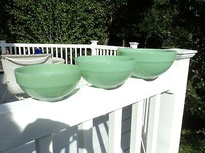 Fire King Jade-Ite Jadite 3 Piece Colonial Edge Mixing Bowl Set