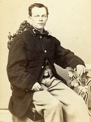 Cdv Young Union Soldier Oversized Coat By Young Of Baltimore With Stamp