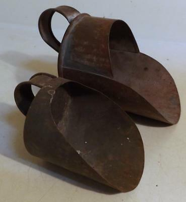 """2 Antique Country Kitchen Tin Scoops Sugar & Flour 3 & 4"""" One w Red Paint c1900"""