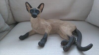 """Country Artists - """"siamese Cat - Lying"""" - Stamped 2004"""