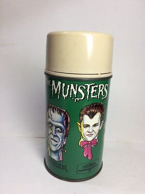1965 THE MUNSTERS THERMOS in excellent condition