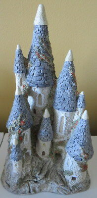 David Winter Cottages 1982  Fairytale Castle
