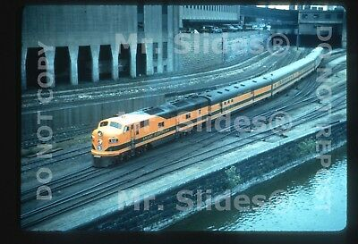 Duplicate Slide GN Great Northern E7A 512 W/Matched Passenger Train Action