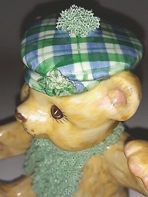 Dresden Vintage Porcelain Lace Figurine St. Patricks Day Bear from Ireland (New)