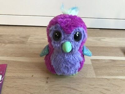 Spin Master 392-7399 Hatchimals Glittering Sparkly Pengualas lila