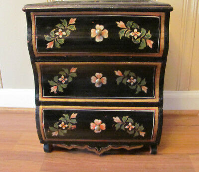 "Folk Art !5""  Folk  Art Craft Black Lacqure Wood Chest 3 Drawers Floral Deco"