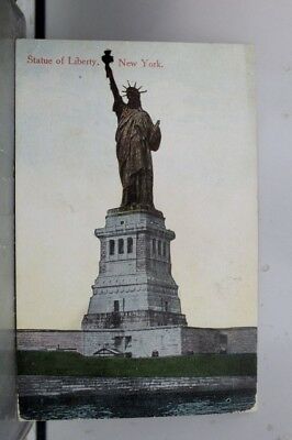 New York NY NYC Statue of Liberty Postcard Old Vintage Card View Standard Post
